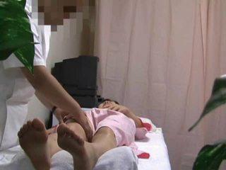 Spycam i massagen rum kvinna körd delen 1