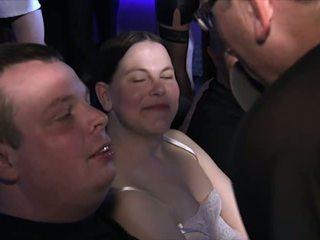 スウィンガーズ, 成熟する, hdポルノ