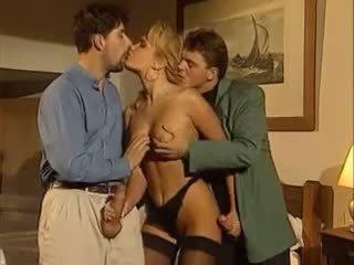 অসতীপতি, threesomes