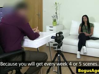Euro newbie fucked lược trong khi đúc thử giọng: miễn phí độ nét cao khiêu dâm 72