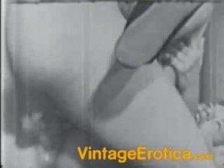 Ciemny i białe film z the włochate female fucked