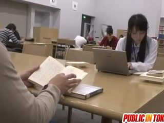 Sexy jepang mahasiswa fucked in the kelas