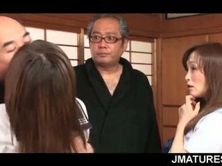 japonijos, grupinis seksas, močiutė