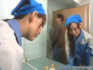 Aziāti executive meitene fucked uz a publisks autobuss bezmaksas video