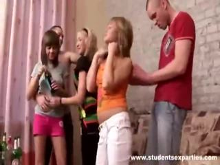 realitet, adoleshencë, vajzat e partisë