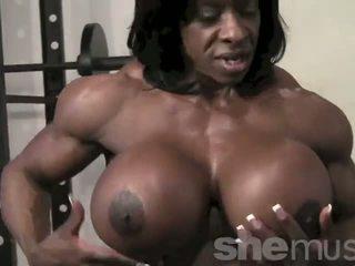 Negrita female muscle