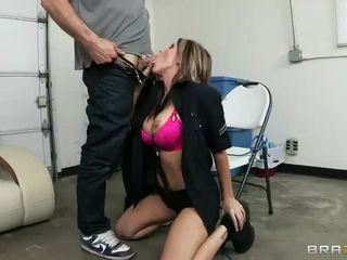 Busty Lady Cop Courtney Cummz Is Fuck Hungry