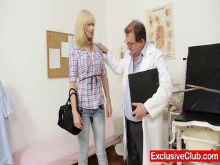 Блондинки париж посещение gynoclinic към имам тя путка gyno examined