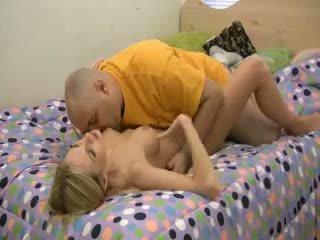 Aimee addison having 섹스 에 포르노를 주조