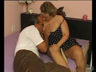 O sexy plinuta doamnă loves sex