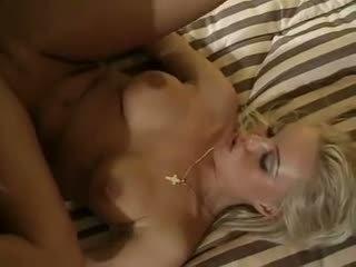 blonde, penetrare dublă, sex în trei