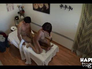 Jade pe masaj tabel