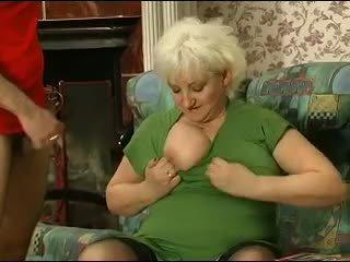 금발의 grannie - punishment turns 으로 섹스