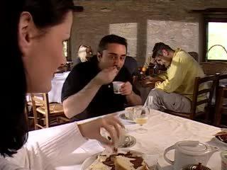 三人行, 葡萄收获期, 意大利人
