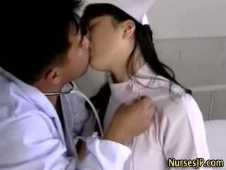 Seksikas aasia meditsiiniõde gets kuum