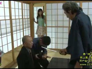 Japonská velký manželka nadržený gangbang 8