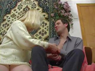 Russe mature marta et garçon, gratuit mère porno 2d