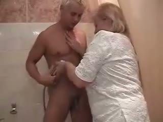 지방 러시아의 할머니