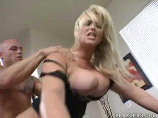 payudara besar, sex kantor