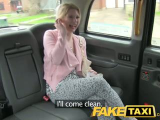 Faketaxi ištvirkęs klientas calls taxi bluff