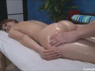 可愛 性感 18 年 老 gets 性交 硬
