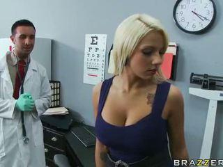 Lylith lavey getting perseestä mukaan hänen lääkäri video-