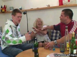 mmf, γιαγιά, moms και αγόρια