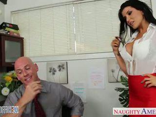 ऑफीस बेब में उच्च हील्स romi रेन फक्किंग