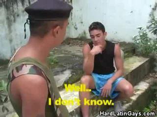 mui, homosexual, bărbați