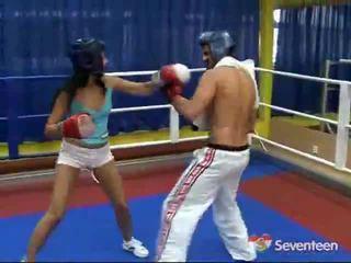 Porno vnútri the boxovanie ring