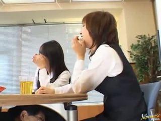 ญี่ปุ่น, ด้ง, ชาวตะวันออก
