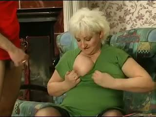Blondýnka grannie - punishment turns do pohlaví