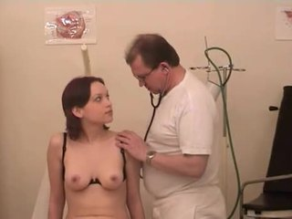 Στο ο γερμανικό gynecologist 1