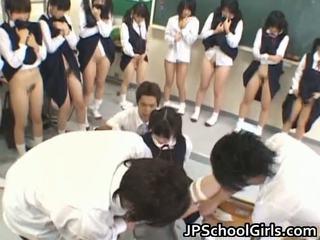 Kuuma seksi tyttö sisään koulu luokkahuone
