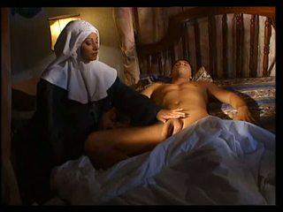 איטלקי נזירה does אנאלי