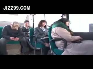 Chutné daugh ter fucked podľa autobus geek nearby mo ther