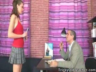 Samaitātas professor jāšanās šī innocent skolniece