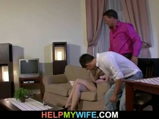 Cochon guy appréciez regarde son femme getting baisée