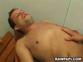 Homo barebacking עם yummy זרע unloading