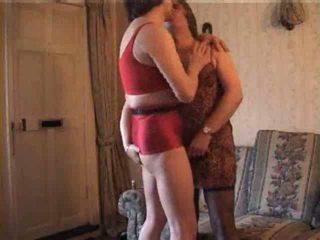 Shameless crossdressers v vroče video