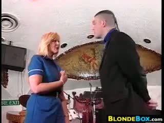 Blondi whore gets a selkäsauna