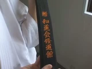 Hitomi tanaka. mester klasse karate.