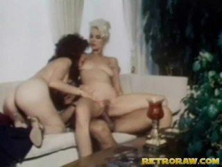 ragazzi procace in palestra, video in hd babes, in cucina nudo