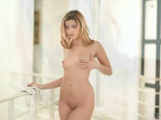 Pornotähti abigaile johnson nailed