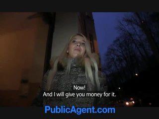 Công khai agent fucks cô gái tóc vàng đĩ dominica