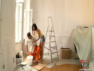 Abbie cat sucks den painter