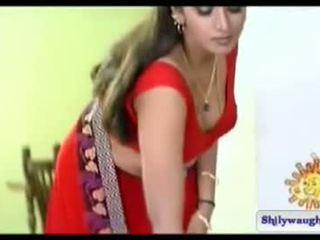 South indiškas aktorė bhuvaneshwari navel šou