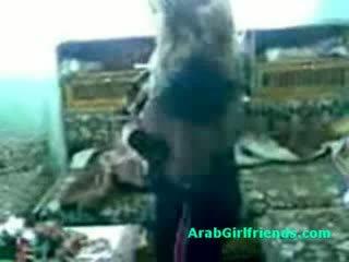 Kokoomateos of amatööri arabs getting tuhma päällä kotitekoiset