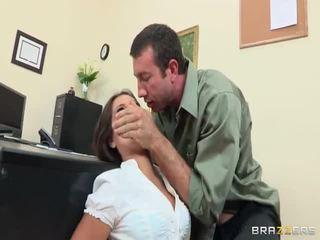 性交性愛, 美臀, 大偵探