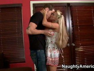 Възбуден блондинки momma holly halston enjoys на трудно wang dipping в тя уста